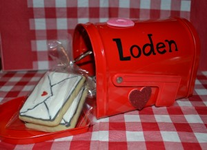 mailbox and envelope cookies