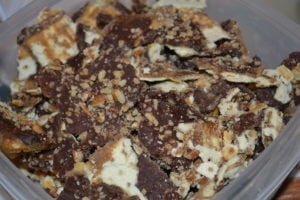 How to Make Toffee Cracker Candy