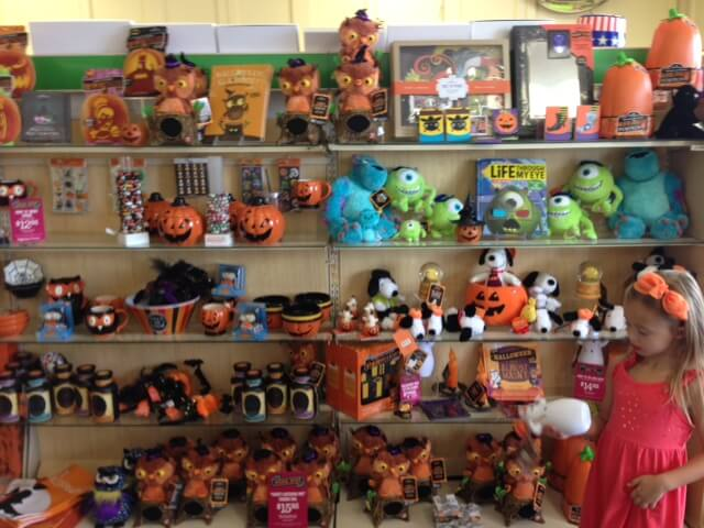 retail therapy halloween goodies from hallmark and rite aid - Hallmark Halloween Decorations