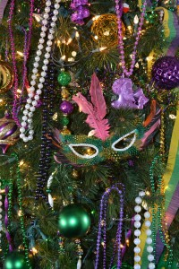 mask on mardi gras tree