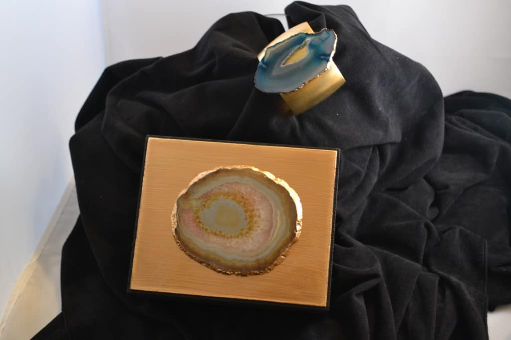 agate jewelry and box