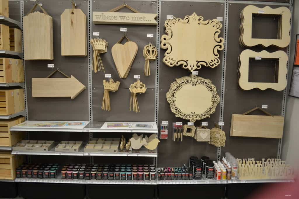 New michaels frisco store is crafters heaven for Michaels craft store black friday hours