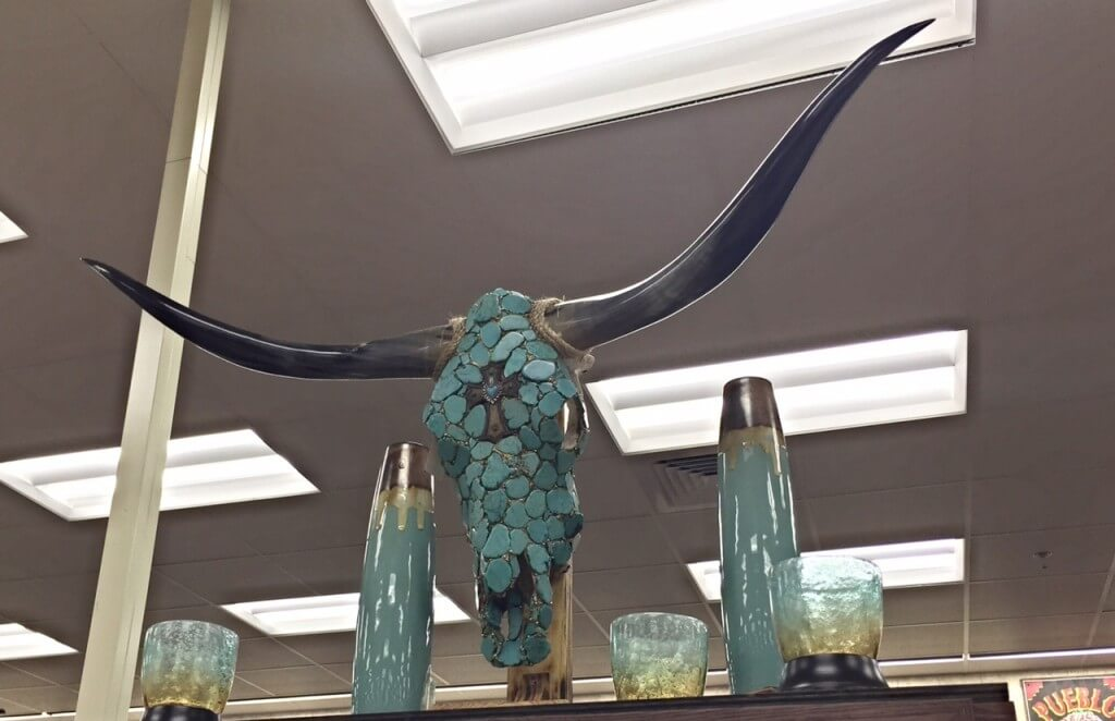 turquoise longhorn at Buc-ee's Terrell