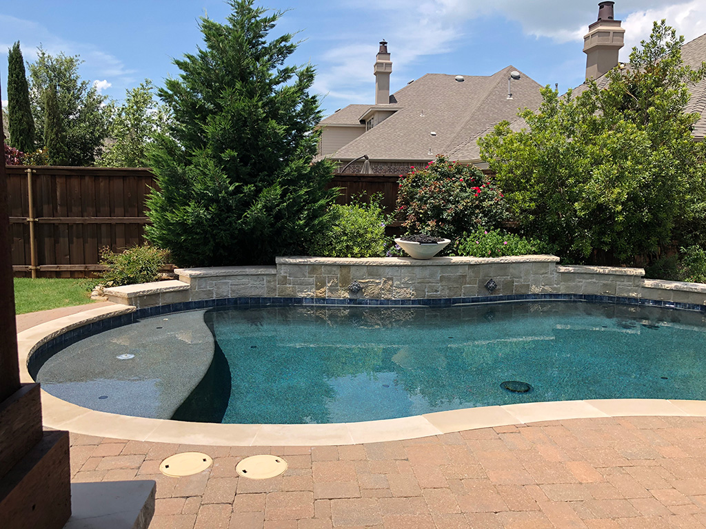building a pool - the finished pool