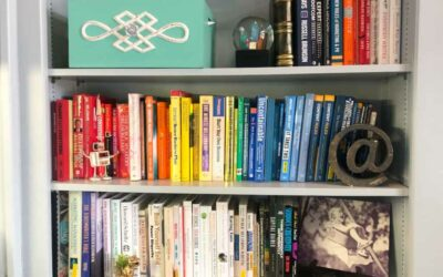 How to Create a Rainbow Bookshelf