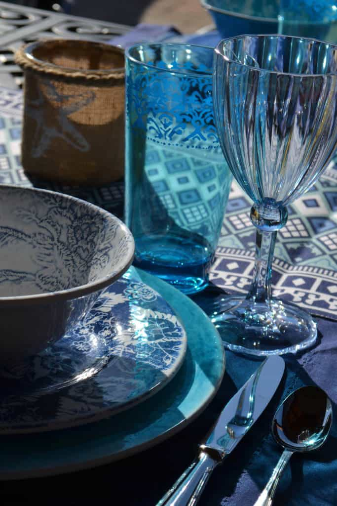 place setting for dining outdoors