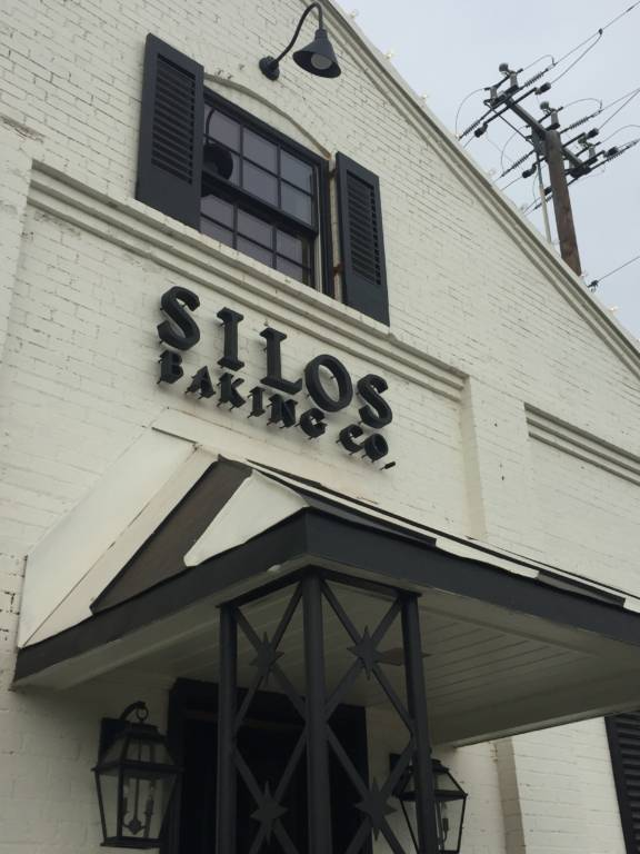 silos bakery sign