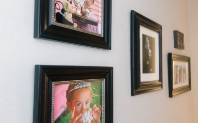 How to Create a Gallery Wall!